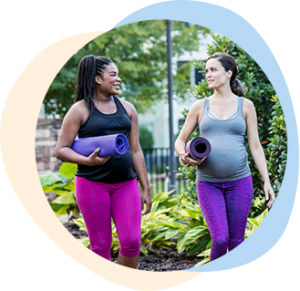 pregnant-women-with-yoga-mats